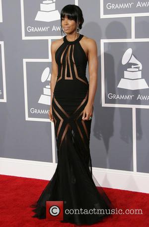 Kelly Rowland at the 2013 Grammys
