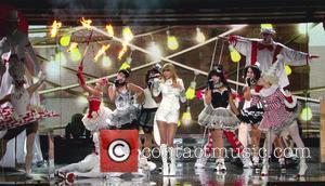 Taylor Swift - Taylor Swift Grammys Fashion