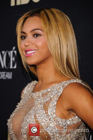 Beyonce Knowles - 'Beyonce: Life Is But A Dream' New York Premiere at Ziegfeld Theater - New York City, United...