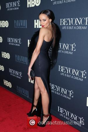 Selita Ebanks - 'Beyonce: Life Is But A Dream' New York Premiere at Ziegfeld Theater - New York City, New...