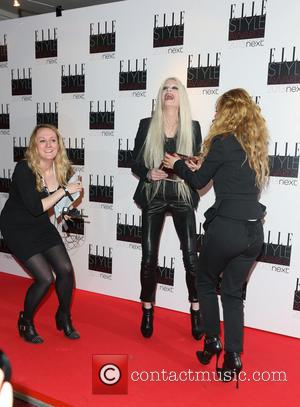 Juno Temple and Kristen McMenamy - Elle Style Awards Press Room - London, United Kingdom - Tuesday 12th February 2013