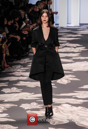 model - NYFW Vera Wang - Runway at New York Fashion Week - New York City, New York , United...