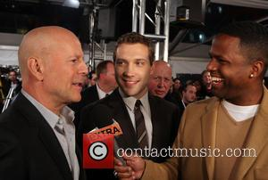 Bruce Willis, Jai Courtney, A.J. Calloway and Extra -