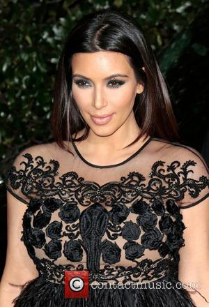 American Airline Apologise For Kim Kardashian And Kanye West Airport Security Breach