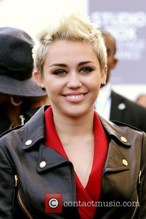 Miley Cyrus Planning Big Birthday Bash For Sunday Night
