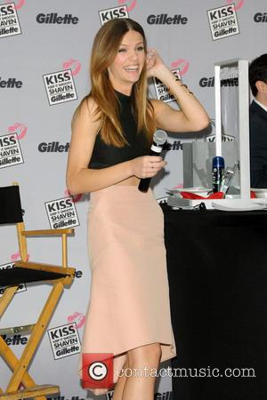 Brooklyn Decker - Gillette's Largest Shave & Kiss Valentine's Day Event - New York City , New York , United...