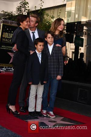 Simon Baker Wept At Hollywood Walk Of Fame Honour