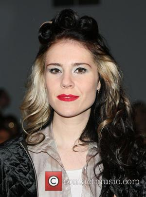 Kate Nash Rocks New Gothabilly Look For London Fashion Week