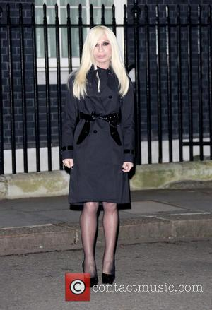Donatella Versace - Samantha Cameron hosts a LFW reception party at London Fashion Week - London, United Kingdom - Friday...