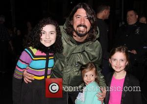 Lilla Crawford, Dave Grohl, Harper Grohl and Violet Grohl - Dave Grohl takes his daughters to the Broadway musical 'Annie'...