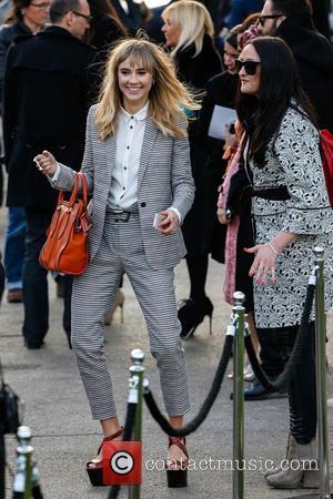 Suki Waterhouse - London Fashion Week - Autumn/Winter 2013 - Burberry Prorsum - Outside Arrivals at London Fashion Week -...