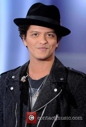 Bruno Mars - Bruno Mars appears on French television show 'Vivement Dimanche' - Paris, France - Thursday 21st February 2013