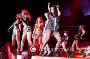 Girls Aloud, Cheryl Cole and Nicola Roberts - Girls Aloud Perform - Newcastle, England, United Kingdom - Thursday 21st February...