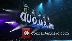Girls Aloud, Kimberley Walsh, Nicola Roberts, Nadine Coyle, Cheryl Cole and Sarah Harding - Girls Aloud Perform - Newcastle, England,...