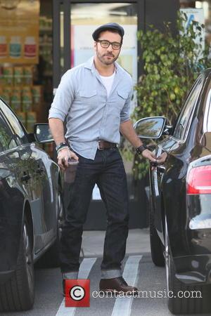 Jeremy Piven - Jeremy Piven seen out getting a health shake in West Hollywood - Los Angeles, California, United States...