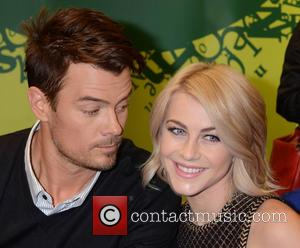 Josh Duhamel and Julianne Hough - Author of 'Safe Haven', Nicolas Sparks and co-stars in the film of the same...