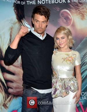 Josh Duhamel and Julianne Hough