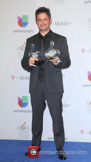 Alejandro Sanz - 25th Anniversary Of Univision's 'Premio Lo Nuestro A La Musica Latina' held at the American Airline arena...
