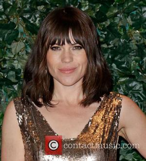 Clea DuVall - QVC Red Carpet Style at Four Seasons Hotel - Beverly Hills, California, United States - Friday 22nd...