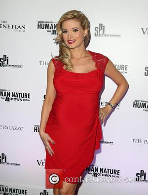 Gross Story Of The Week: Holly Madison To Eat Her Own Placenta