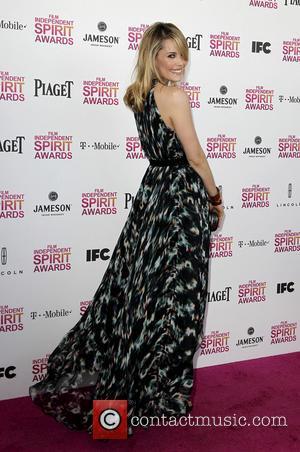 Leslie Bibb - 2013 Film Independent Spirit Awards at Santa Monica Beach - Arrivals - Los Angeles, California, United States...