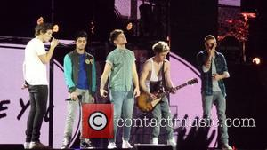 Harry Styles, Zayn Malik, Lou Tomlinson, Liam Payne and Niall Horan - One Direction kick off their Take Me Home...