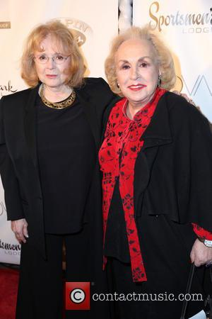 Piper Laurie and Doris Roberts