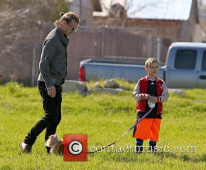 Gavin Rossdale, Kingston Rossdale and Dog