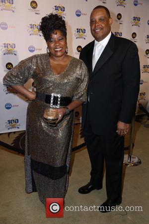 Loretta Devine - 23rd Annual Night Of 100 Stars Black Tie Dinner Viewing Gala at the Beverly Hills Hotel -...