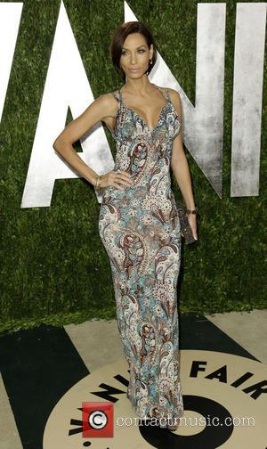 Nicole Murphy - 2013 Vanity Fair Oscar Party at Sunset Tower - Arrivals - West Hollywood, California, United States -...