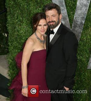 Ben Affleck And Jennifer Garner Celebrate Anniversary With Old-school Romance