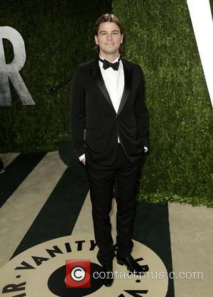 Josh Hartnett - 2013 Vanity Fair Oscar Party at Sunset Tower - Arrivals - Los Angeles, California, United States -...