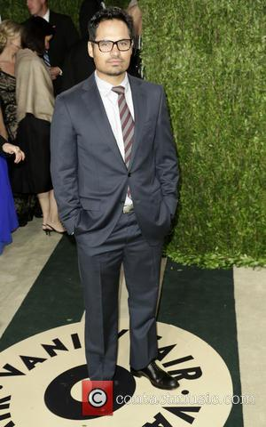 Michael Pena - 2013 Vanity Fair Oscar Party at Sunset Tower - Arrivals - Los Angeles, California, United States -...
