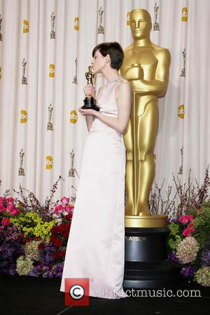 Anne Hathaway - Oscars Press Room