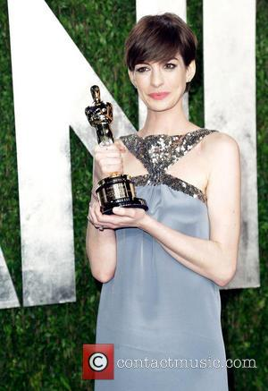 Anne Hathaway - Vanity Fair Oscar Party