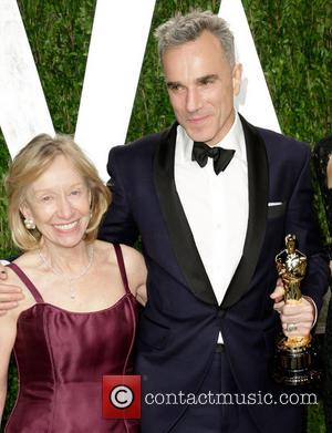 DANIEL DAY-LEWIS - Vanity Fair Oscar Party