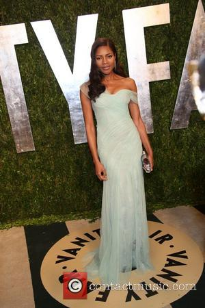 Naomie Harris - 2013 Vanity Fair Oscar Party at Sunset Tower - Arrivals - Los Angeles, California, United States -...