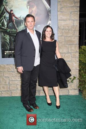 Anthony Lapaglia and Gia Carides