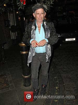 Keith Richards - Keith Richards leaving Le Petite Maison with his wife Patti Hansen - London, United Kingdom - Tuesday...