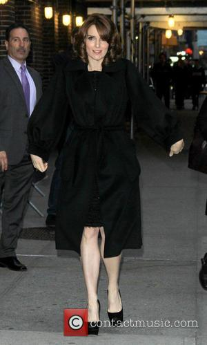 Tina Fey - Celebrities outside the Ed Sullivan Theatre for 'The Late Show with David Letterman' - New York City,...