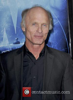 Ed Harris - 'Phantom' Los Angeles Red Carpet Premiere at the Chinese Theater - Hollywood, California, United States - Wednesday...