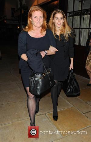 Sarah Ferguson and Princess Beatrice - Sarah Ferguson and Princess Beatrice leaving Loulou's nightclub - London, United Kingdom - Friday...