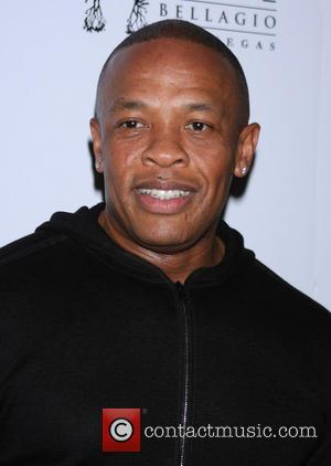 Dr Dre - Xzibit hosts the Official Bonita Platinum Tequila...