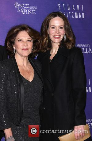 Linda Lavin and Sarah Paulson