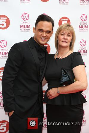 Gareth Gates with his Mother Wendy Broadbent - Tesco Mum of the Year Awards 2013 held at the Savoy -...
