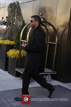 Babyface - R&B singer Babyface leaves his hotel in Manhattan - New York , New York , United States -...