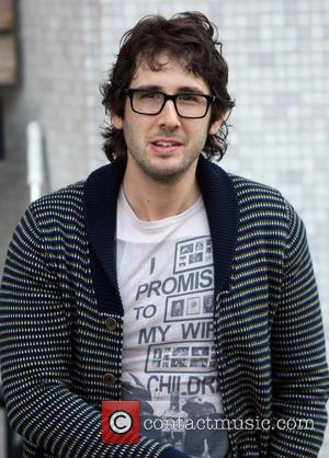 Josh Groban Is Looking For Love