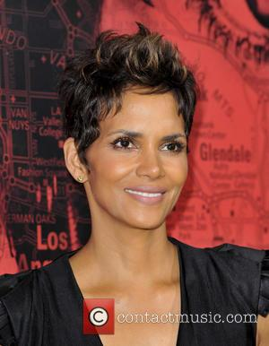 Halle Berry - Los Angeles Premiere of 'The Call'