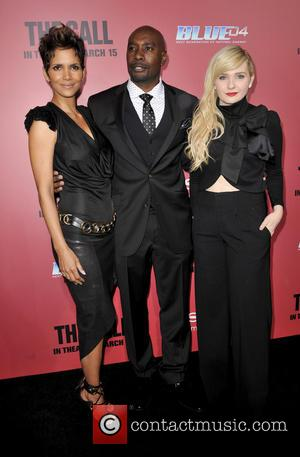Morris Chestnut, Halle Berry and Abigail Breslin - Los Angeles Premiere of 'The Call' held at ArcLight Hollywood Theatre -...