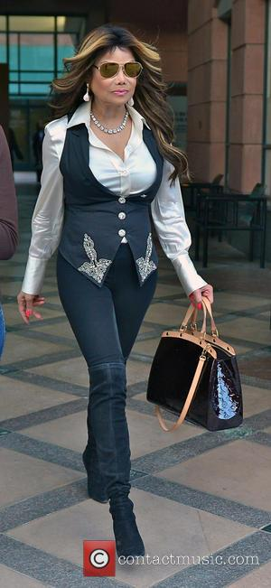 La Toya Jackson - La Toya Jackson out and about on Bedford Street in Beverly Hills - Los Angeles, California,...